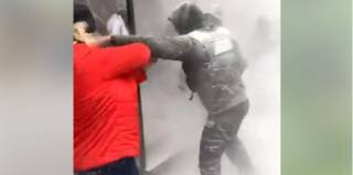 Попытка выселения жильцов из киевского общежития закончилась массовым побоищем