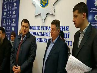 Верующие Буковины встретились с полицией из-за частых захватов храмов УПЦ