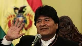 Протесты в Боливии: президент Эво Моралес ушел в отставку и боится ареста