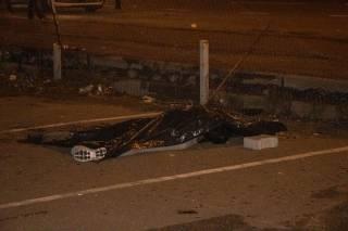 Из-за аварии двух иномарок в Киеве погибла случайная девушка-пешеход
