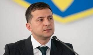 Зеленский пообещал провести референдум по земле