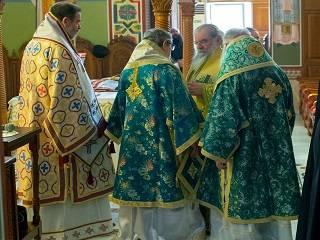 На Кипре епископы отказались служить с Александрийским Патриархом из-за поминания Епифания