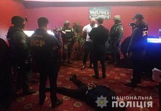 В Киеве накрыли шайку «коллекторов», которые жестоко выбивали несуществующие долги