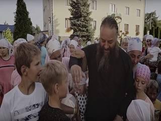 Архиепископ УПЦ рассказал о том, как усыновил 415 детей-сирот