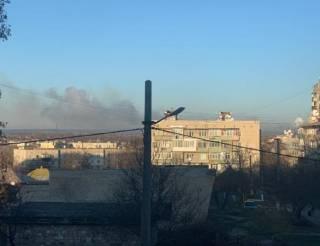На многострадальных складах в Балаклее снова прогремели взрывы. Есть пострадавшие