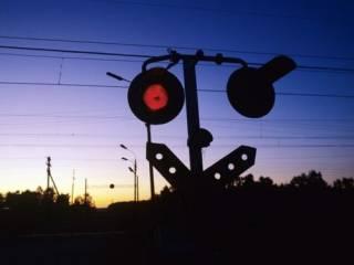 Под Киевом поезд сбил юную девушку-боксера