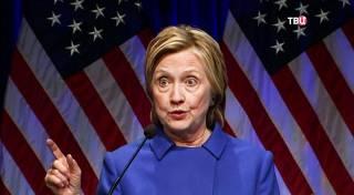 Хиллари Клинтон едва не погибла в авиакатастрофе: самолет начал разваливаться и дымиться прямо в воздухе