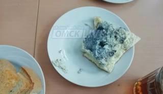 В российской школе детей кормили омлетом «трупного цвета»