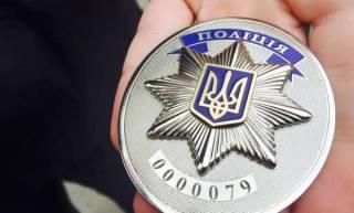 В Одессе сотрудница полиции ругалась матом и бросалась на прохожих