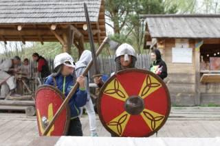 Под Киевом встретят зиму по древним славянским традициям