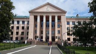 НМУ им. Богомольца просит президента защитить их от Екатерины Амосовой