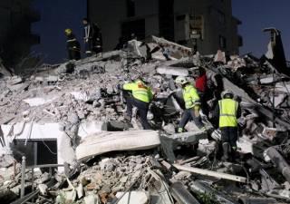 Землетрясения в Албании: число жертв стремительно растет