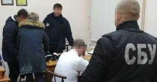 На Николаевщине чиновники очень недурно «нагрели руки» на школьниках
