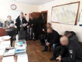 На Одессщине трое копов забрали мужчину с работы в участок и избили его