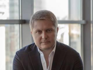 Андрей Анатольевич Гмырин с краденными миллиардами Насирова пытается вернуть должность смотрящего в ГФС