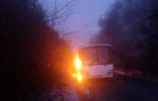 В Житомирской области загорелся автобус с пассажирами