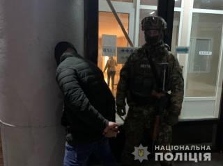 Матерые рецидивисты пытались похитить помощницу народного депутата