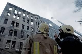 В сгоревшем одесском колледже за 5 лет никто не исправил нарушения правил пожарной безопасности