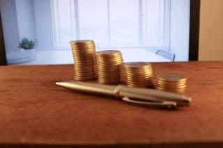 Почему МФО выдают кредиты быстрее, чем банки