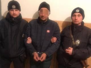 Под Киевом мужчина напоил и изнасиловал племянницу