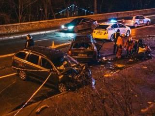 Появилось видео смертельной аварии на Владимирском спуске в Киеве