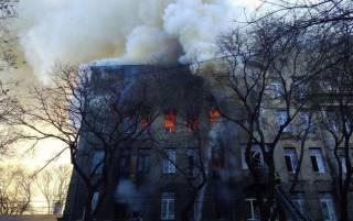 Суд избрал меру пресечения директору сгоревшего одесского колледжа