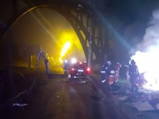 В Днепре Toyota и Mercedes устроили огненное ДТП ‒ есть жертвы