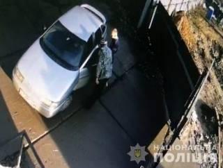 Под Киевом водитель грузовика расстрелял разъяренных коммунальщиков