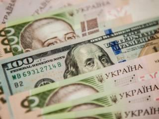 Доллар по 40 гривен, дефолт и распродажа земли. Что будет после Нового года?