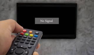 Коснется 6 млн семей. Кому отключат ТВ после праздников