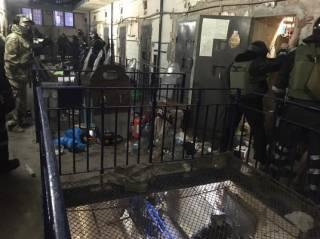 Правозащитник рассказал о жестоком подавлении бунта в Кропивницком СИЗО