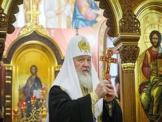 Патриарх Кирилл в день Рождества по григорианскому календарю призвал Папу Римского и христианских лидеров помогать страдающим от войн