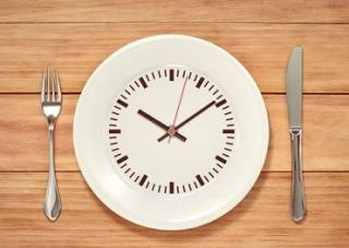 Ученые объяснили, почему иногда поголодать – полезно