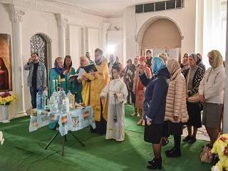 Синод РПЦ упорядочил практику совершения молебнов