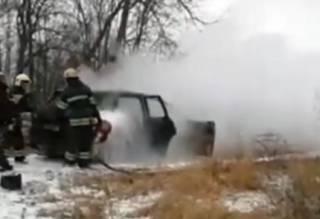 Элитный автомобиль эпично вспыхнул на трассе Полтава – Сумы