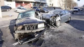 Двойной удар: В жутком ДТП в Киеве погиб ни в чем не повинный человек