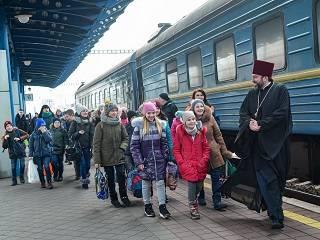 УПЦ на Рождество в Киеве и Почаеве принимает 100 детей из линии соприкосновения на Донбассе
