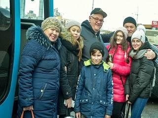 «Рождество. Люди вместо войны. Дети Донбасса»: Дорога школьников к святыням Киева и Почаева