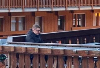 Главу СБУ заметили на модном французском курорте