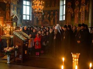 Митрополит Онуфрий встретился с детьми из прифронтовой зоны Донбасса