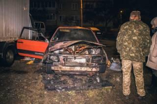 Ночью в Киеве сгорел автомобиль, в котором… жил человек