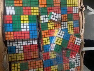 Одесские таможенники пресекли крупную контрабанду... кубиков Рубика