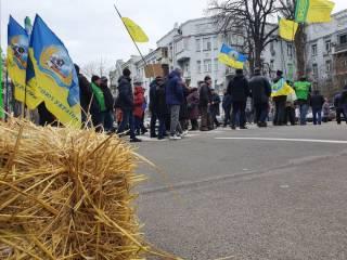 Движение в центре Киева опять парализовано из-за закона, который на этой неделе не будет рассматриваться
