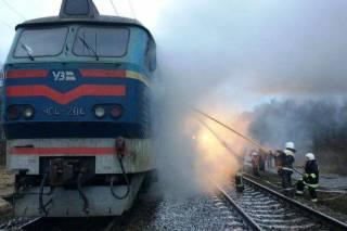 Более двух сотен человек находились в электричке, загоревшейся по пути в Киев