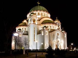 В Белграде Сербский Патриарх возглавил массовый молебен о православных в Черногории