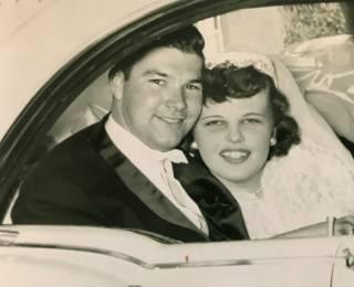 В США супруги прожили в браке 65 лет и умерли в один день