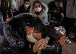 Число жертв китайского коронавируса растет жуткими темпами
