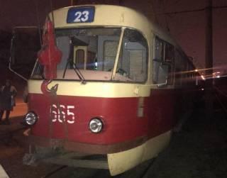 ДТП в Харькове: трамвай насмерть сбил мужчину