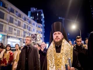 Епископ УПЦ призвал молиться за православных в Черногории