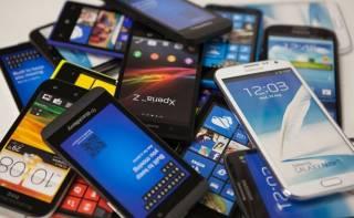 Ученые выяснили, у кого смартфоны могут «вызвать» онкологию
